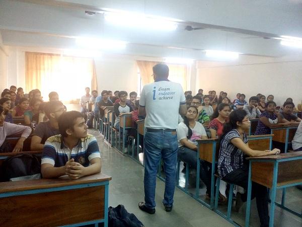 Seminaron 'MS vs. MBA'